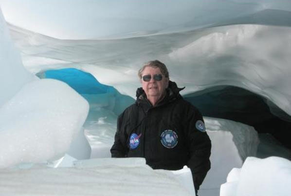 Richard B Hoover